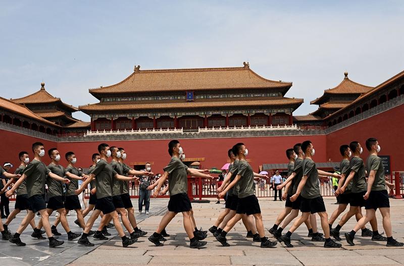 北京風聲鶴唳 傳彩排1天耗7千萬元 3萬餘重兵入京