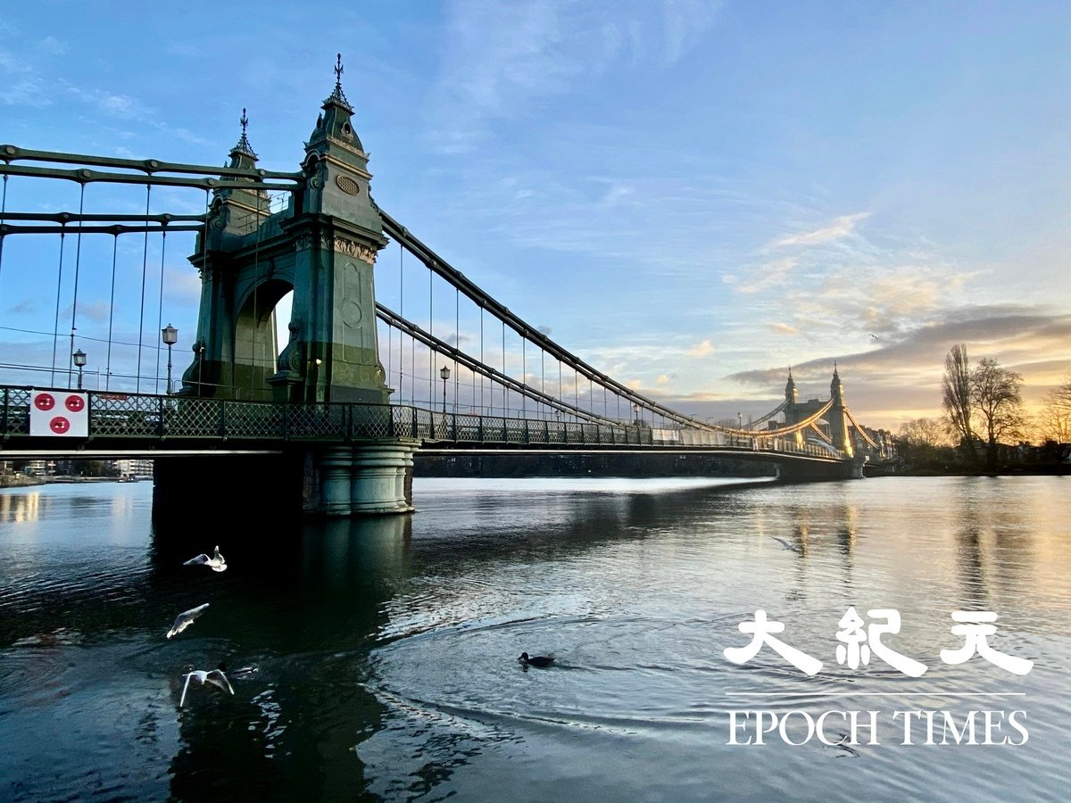 擁有134年歷史的鹹美史密夫大橋已經關閉兩年。(唐詩韻/大紀元)