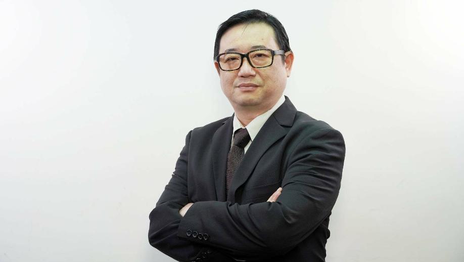 宏願移民(香港)公司創辦人Joe Lam,認為計劃將提升生活質素,並刺激當地經濟。(受訪者提供)