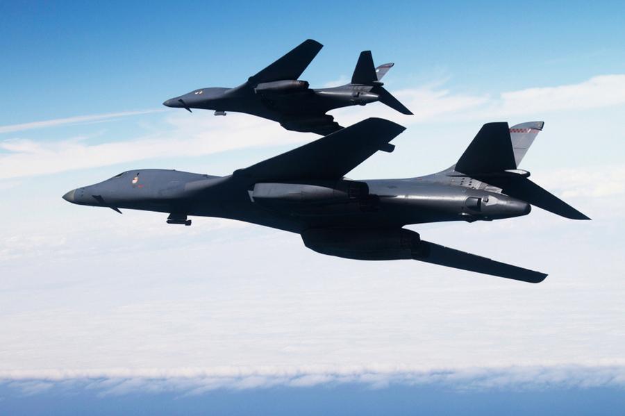 威懾北韓 美B1轟炸機飛越南韓