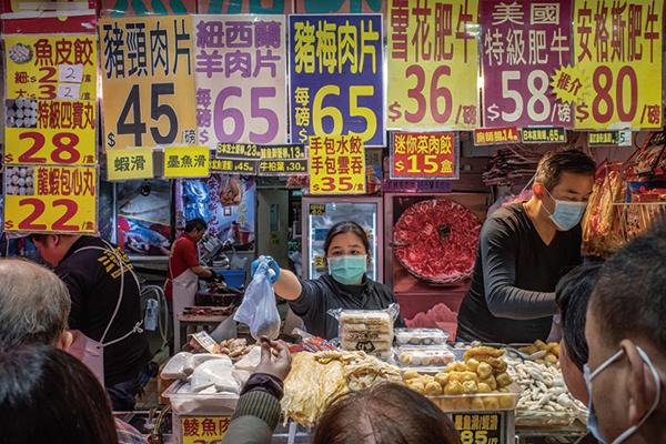 美聯表示,疫爆後市民生活模式改變,增加在家下廚,驅使對凍肉需求快速增長,商家紛紛開店回應需求。(Anthony Kwan/Getty Images)