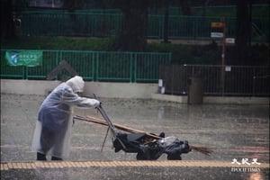 (更新)天文台取消所有暴雨警告 市民趕上班 學校停課