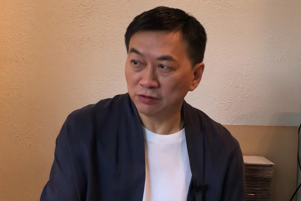 游清源漏夜刪除YouTube影片,他今日(28日)致歉指會以新形式與大家見面,講述香港人、香港城及香港精神。(852郵報YouTbe片段截圖)