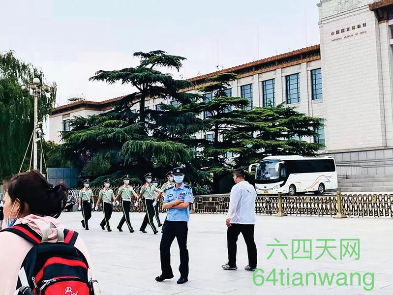 中共黨慶演出詭異提前 八元老缺席