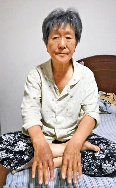 天津警察打75歲老人嘴巴  遭眾譴