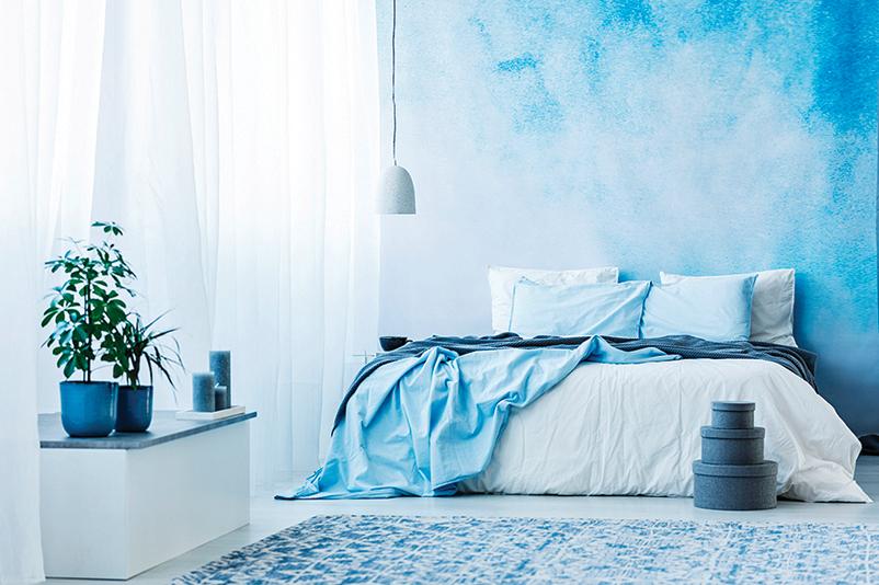 藍與白搭配出經典的浪漫風格。