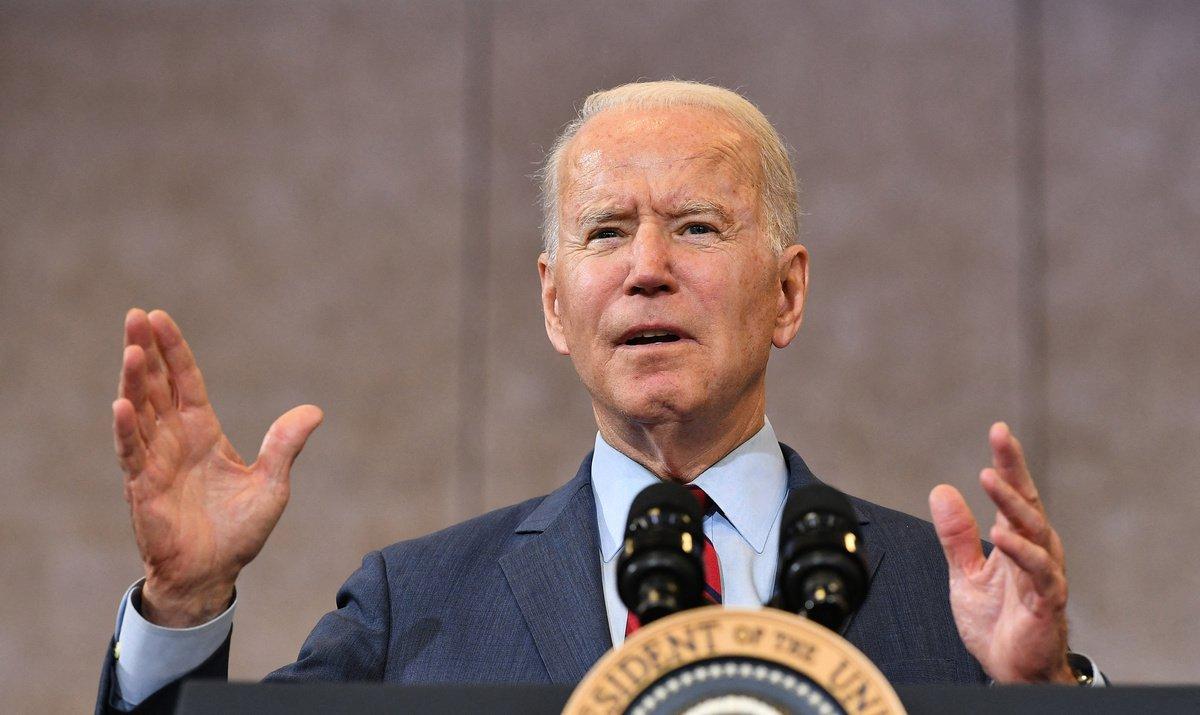 美國總統拜登(Joe Biden)在當地時間7月7日宣佈,將前總統特朗普在去年7月14日因應香港情況而宣佈的國家緊急狀態延長一年。(MANDEL NGAN/AFP via Getty Images)