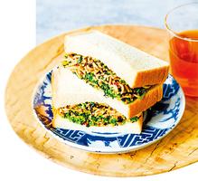 日式炒麵三文治迥異食材碰撞出完美味道