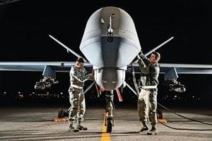 美軍轟炸機演練台灣海峽佈雷 MQ-9B部署台中部