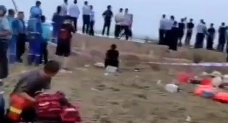 7月7日下午,山西永濟市蒲州鎮6名學生在黃河堤壩玩耍後失聯。(視頻截圖)
