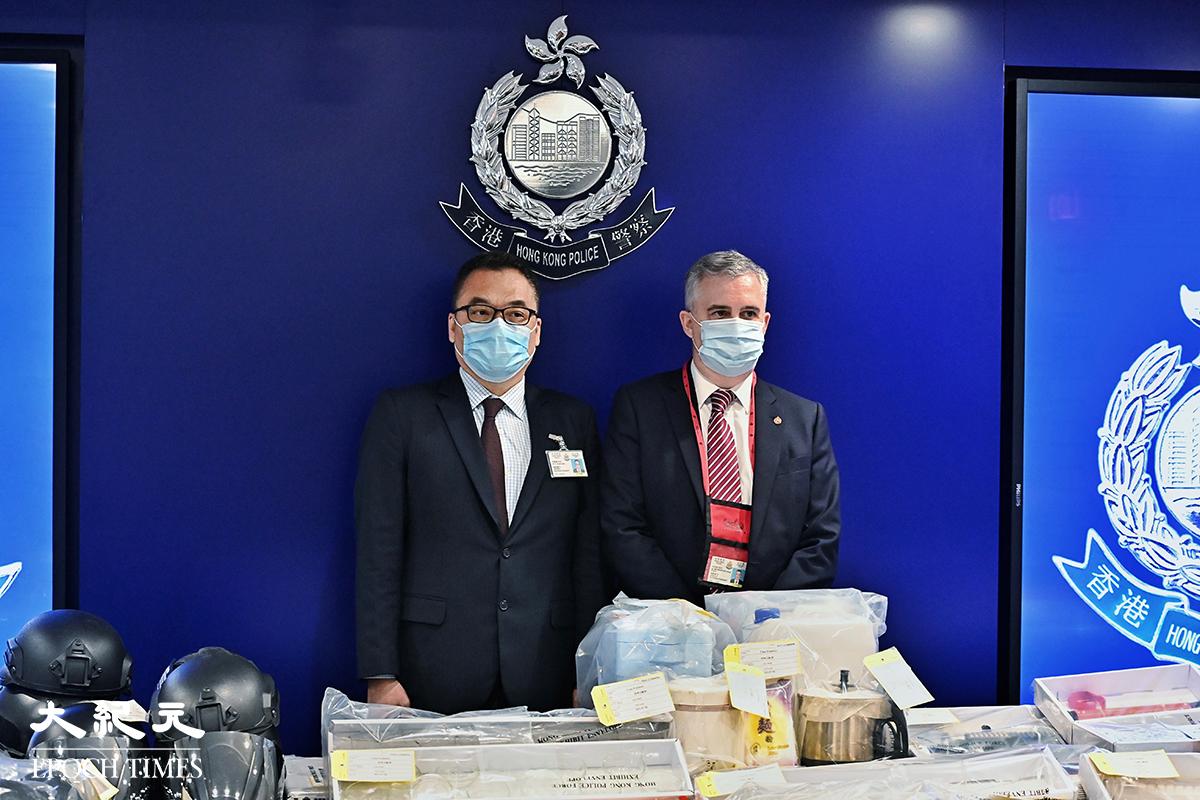 警方國安處今日(12日)再拘捕5人,涉嫌與「光城者」土製炸彈案相關。圖為7月6日,警務處國安處召開記者會宣佈就「光城者」案件拘捕9人。(宋碧龍/大紀元)