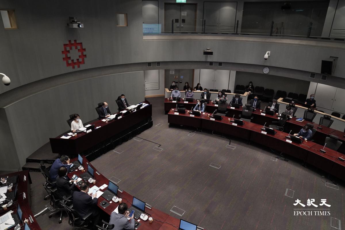 房委會今天(12日)舉行公開會議,房署署長王天予首次以署長身份,在會議中交代房署最新工作策略。(朗星/大紀元)