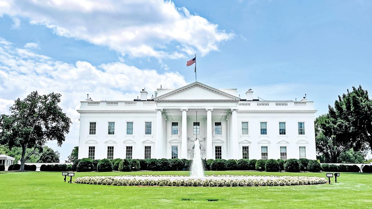 2021 年 7 月 9 日,美國華盛頓 DC,從北草坪看向白宮。(Getty Images)