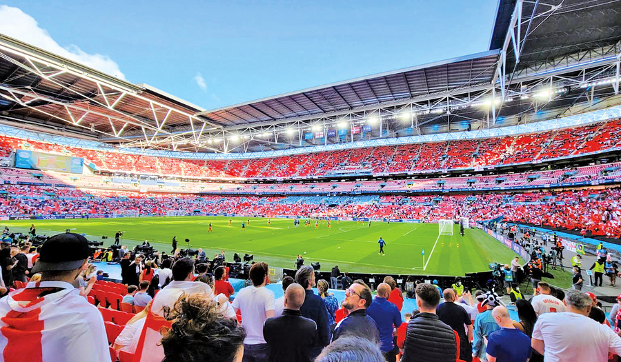 【歐國盃】 在英港人支持英格蘭奪冠 足球文化加深鄰里友好