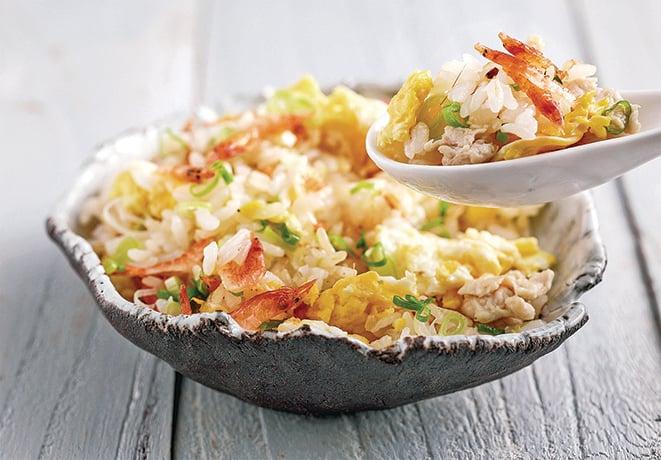 簡單易作的雞肉櫻花蝦炒飯。