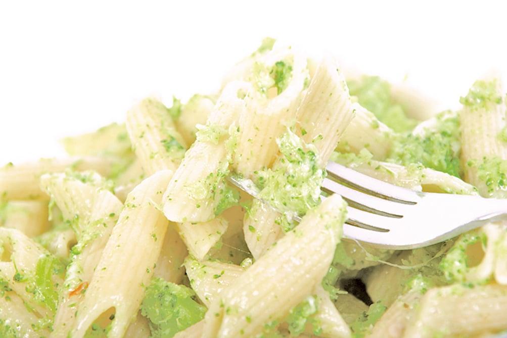 將蔬菜加入醬汁中,讓孩子吃得更健康。