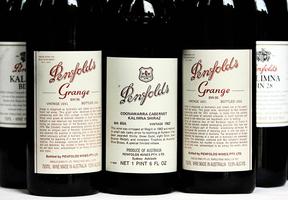 簽名版1951年Penfolds紅酒 創澳洲拍賣紀錄