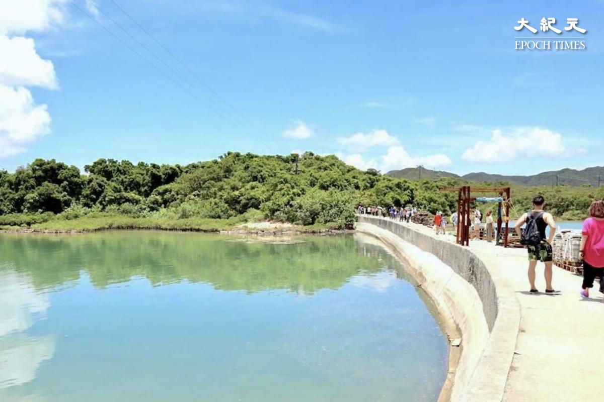 上世紀五十年代初建造的玉帶橋,連接滘西洲。(樂賢/大紀元)