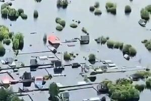 河南暴雨交通癱瘓取消航班512架次5千多人困機場