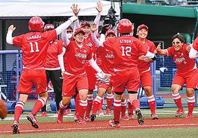 東奧訪日政要縮減 日本女壘3比2險勝墨西哥