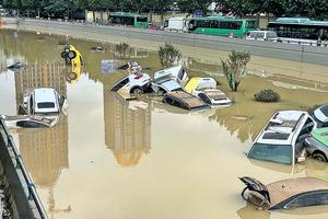 水庫無預警洩洪14小時 民眾質疑鄭州洪災是人禍