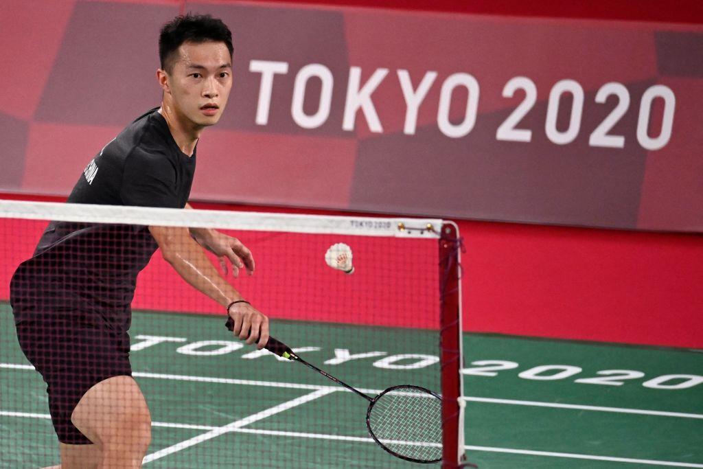 東奧賽事今(7月24日)繼續舉行第四天賽事,香港男單羽毛球以2比0勝墨西哥。(ALEXANDER NEMENOV/AFP via Getty Images)
