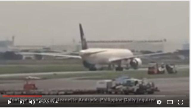 周二,一架沙烏地阿拉伯航空公司班級在靠近菲律賓馬尼拉機場時,機組人員錯誤按下劫持警示按鈕兩次,飛機降落後立即被隔離。(視像擷圖)