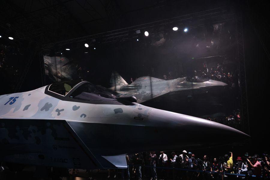 SU-75亮相莫斯科航展 五代機又添變數