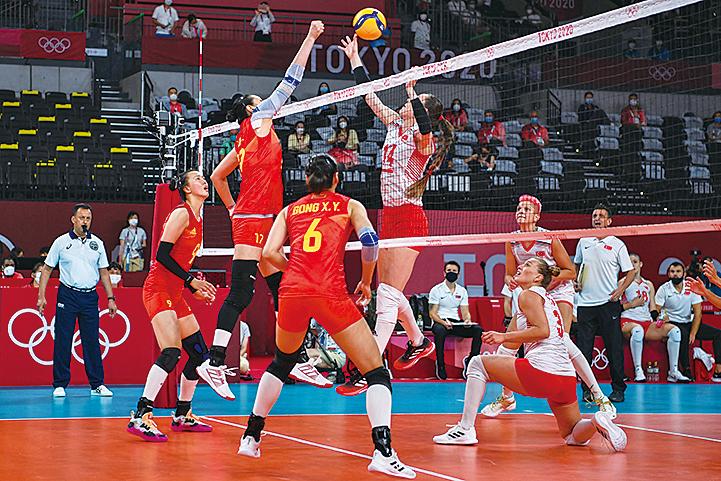 中國女排首戰 0:3慘敗給土耳其