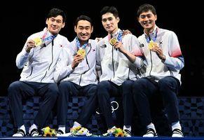 東奧7.28|韓男團佩劍45:26擊垮意大利 四子齊獲金牌