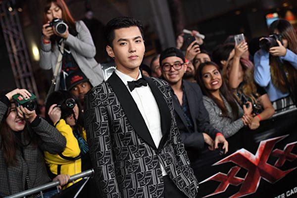 2017年1月19日吳亦凡在洛杉磯出席影片首映式。(ANGELA WEISS/AFP via Getty Images)