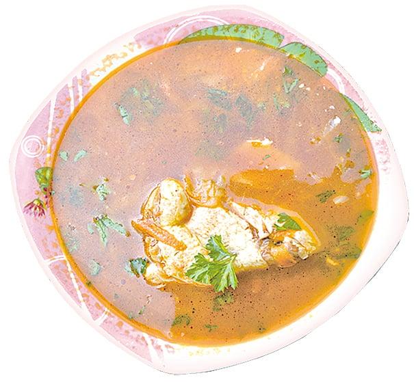 甜菜根煲雞湯營養滿分。
