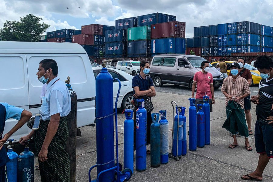 緬甸疫災擴散經濟急插 人權組織指該國「接近徹底崩潰」