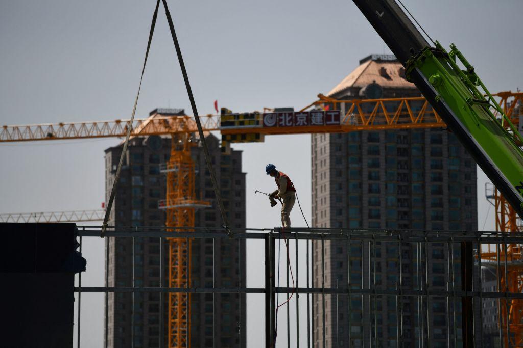 IHS Markit今(8月2日)公佈7月份大陸製造業PMI數值為50.3,相比上月續跌。(GREG BAKER/AFP via Getty Images)