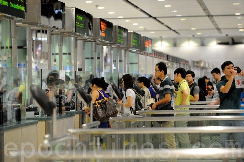 衛生署宣佈,禁止土耳其航空營運的客機於4日至17日從伊斯坦布爾飛抵香港。(宋碧龍/大紀元)