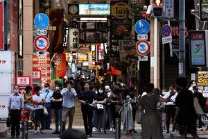 日本爆百貨群聚染疫 民眾無感