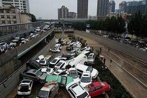 【一線採訪】河南公佈洪災致302人死 民眾質疑
