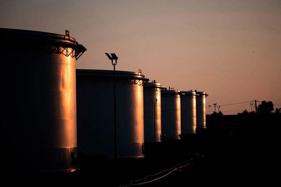 Delta疫情衝擊 油價與美股反應現分歧