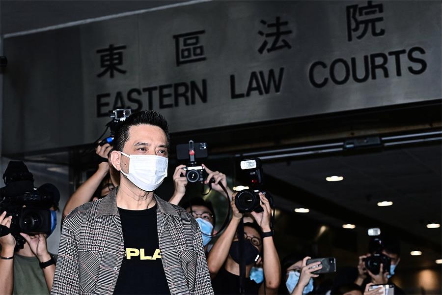 黃耀明獻唱為區諾軒造勢涉舞弊 兩人獲准簽保守行為18個月