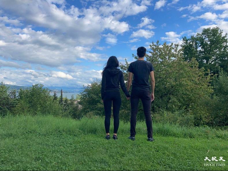 Charlie和Rachel暫居瑞士蘇黎世。(文苳晴/大紀元)
