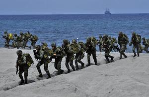 共軍兵船合練搶灘登陸  日媒呼籲日台開展防務對話