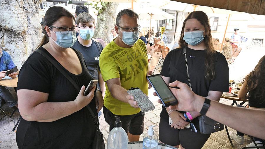 法國疫苗通行證法律生效 警察隨機查證