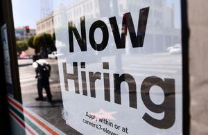 美續領失業救濟人數降至低於290萬 乃自去年4月以來首見