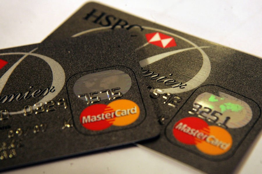 香港第二季信用卡帳戶總數降8.7萬 連兩季下跌