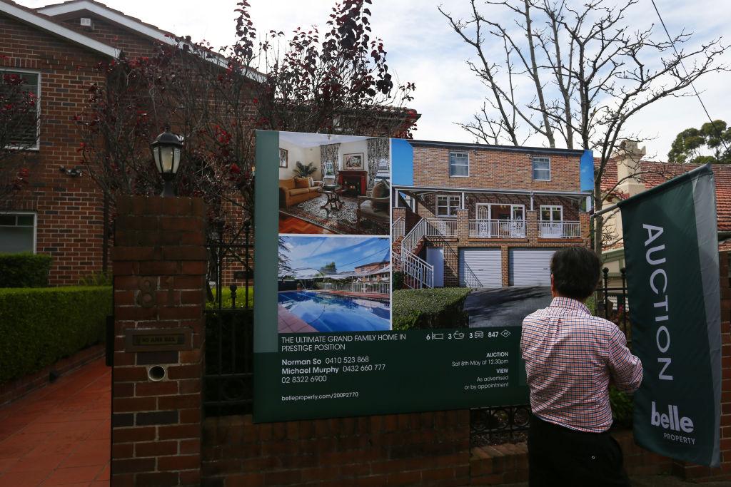 澳洲房地產行業協會前天(8月13日)公布7月新房銷售按月下跌20.5%,惟樓價仍然向好。(Lisa Maree Williams/Getty Images)