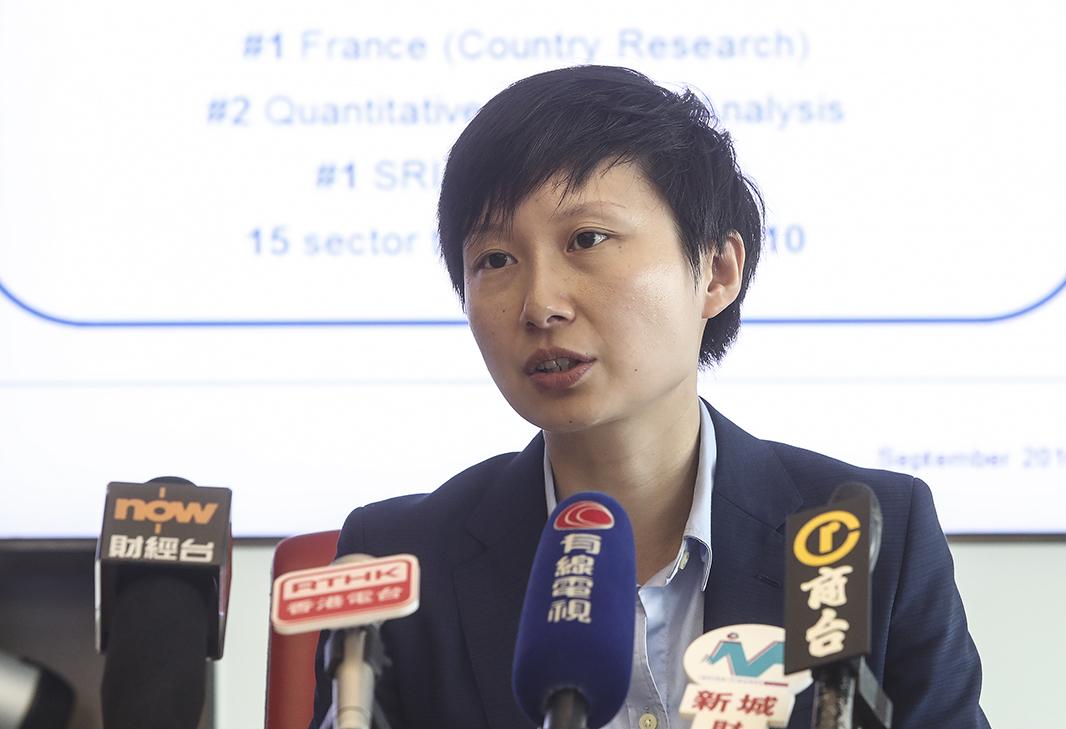 法興企業及投資銀行首席中國經濟師姚煒預計,明年第三季美元兌人民幣將見到7水平。(余鋼/大紀元)