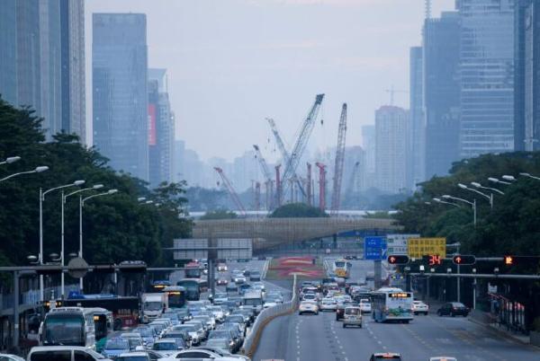 深圳二手樓成交量跌八成 逾半屋源減價