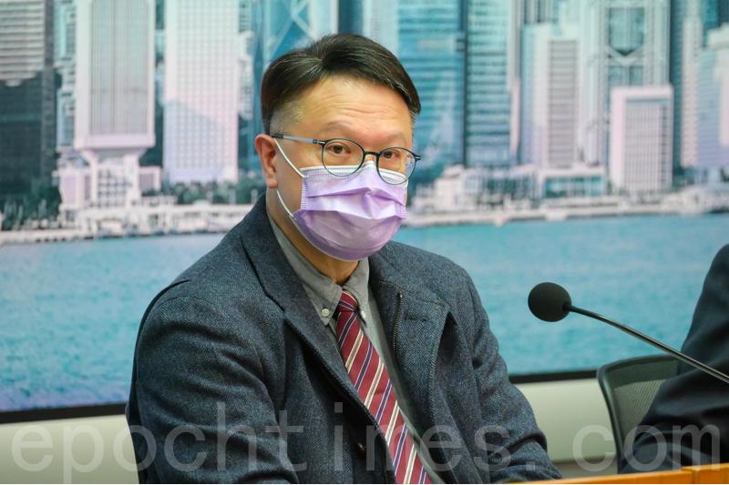 中文大學呼吸系統科講座教授許樹昌表示,今日(18日)起為部份接種科興疫苗後抗體下降的人士補打第三針。資料圖片。(郭威利/大紀元)
