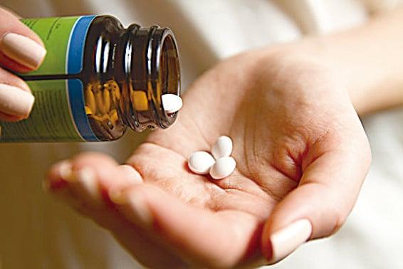 老藥新用 四大「A級藥物」抗中共病毒