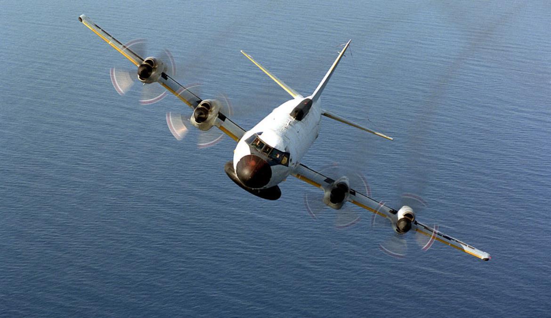 近日,中共軍艦被發現駛向日本海,日本海上自衛隊軍艦、反潛巡邏機警戒跟監。11架各式中共戰機入侵台灣西南防空識別區,約同時間,美軍電偵機與反潛機飛往同向空域。圖為美軍Ep-3E電子偵察機。(U.S. Navy/Getty Images)